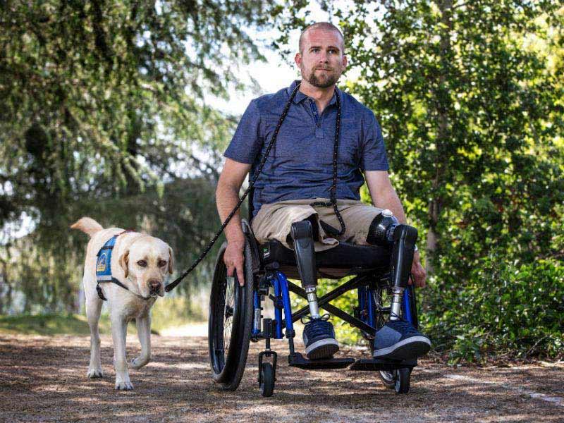 Service Dog สัตว์ที่ถูกฝึกให้ดูแลผู้ป่วยทางกายภาพ